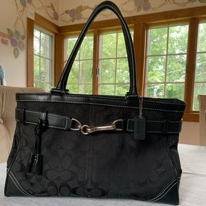 Coach Hamptons Signature Large Carry Tote